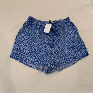 NWT H&M Floral Shorts